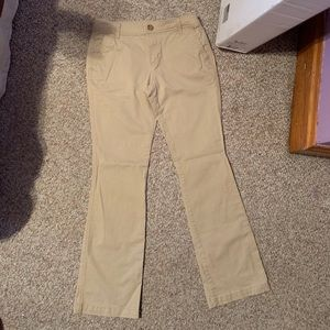 Old Navy kakis size 6